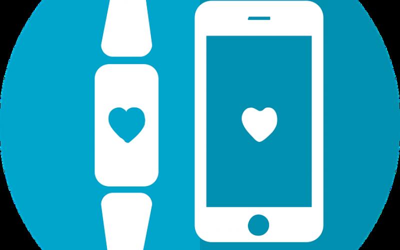 Fitbit Iconic Monitors Diabetes
