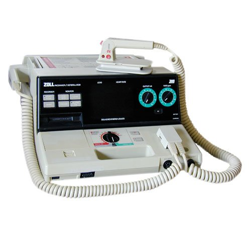 Zoll PD 1200 - Equipo Medico Central - Soma Technology, Inc.
