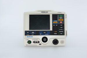 Medtronic-Physio-Control-Lifepak-20E-desfibrilador-frontal